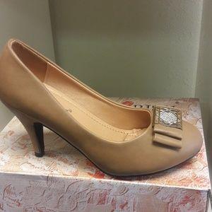 Shoes - Cherish taupe high heel pumps